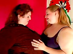 Two Fat Lesbians Get It On