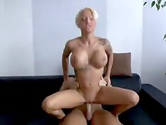 The tattooed German girl makes amateur sex