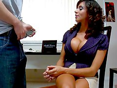 Focus on reading,dick! Ariella Ferrera